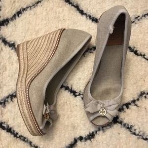 178c85231ff5 Tory Burch Shoes - Tory Burch Jackie Gold Canvas Espadrille Wedge 8.5